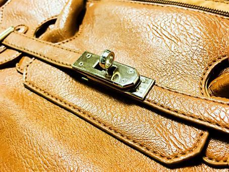 一個使用完好的Birkin型袋