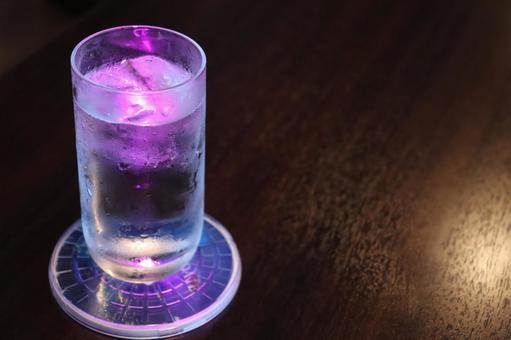 Shining glass (pink)