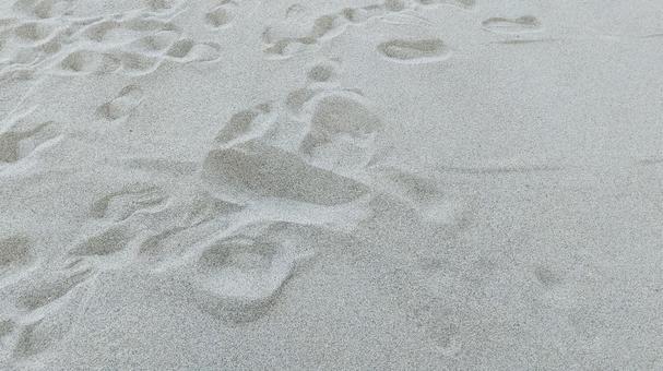 모래 발자국