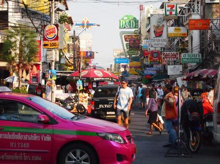 Backpacker's sanctuary Khao San street