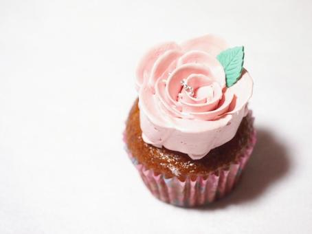 cupcake. 1