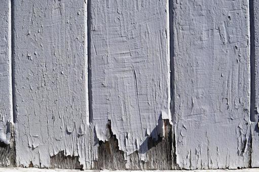 벗겨진 흰색 페인트