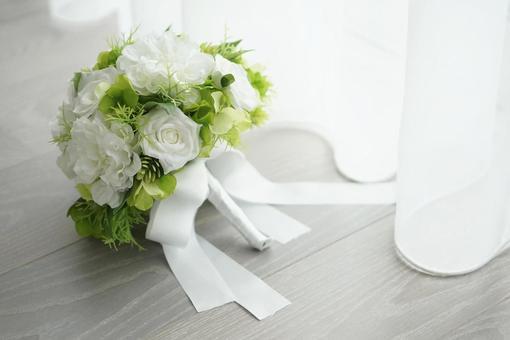 窗邊的婚禮花束