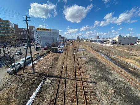구시로 역 주변의 선로가있는 풍경
