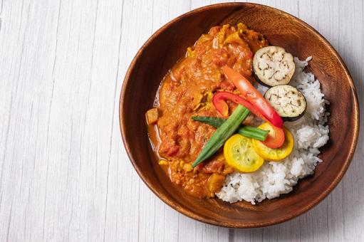 Summer vegetable spice curry white table directly above the bird's-eye view
