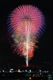 "Nagaoka Festival Fireworks Festival ""Star Mine"""