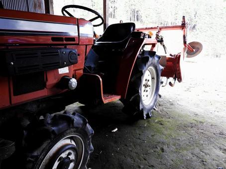 농부의 트랙터 경운기