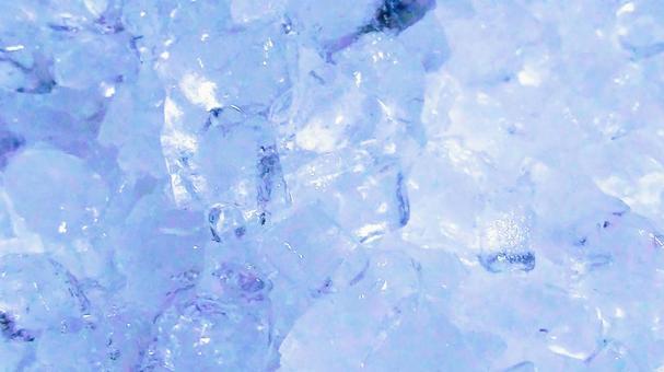 Ice 42 (whiteish blue)