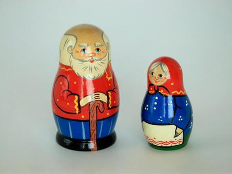Old matryoshka couple