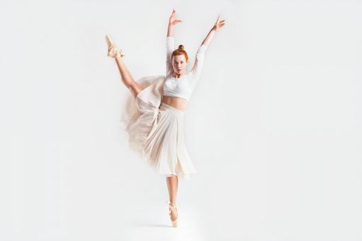 Dancing lady ballerina 6