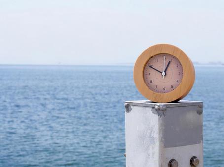 바다와 시계