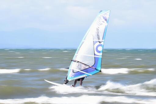 Wind surfing follow shot 002