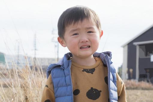 Crying 3-year-old _ winter