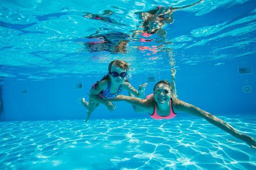Family 13 underwater shooting