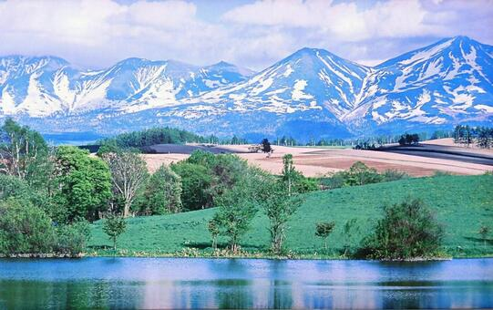 Hokkaido Daisetsu Mountains