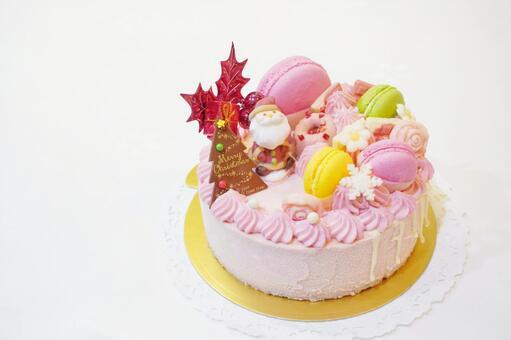 Ruby chocolate Christmas cake