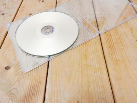 CD 및 케이스