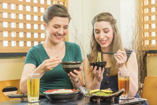 Woman eating soba and udon Foreign tourist 9