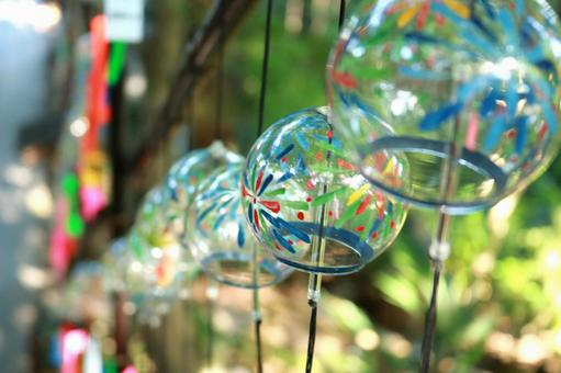 Tin coloring of the tin-chirine wind chime