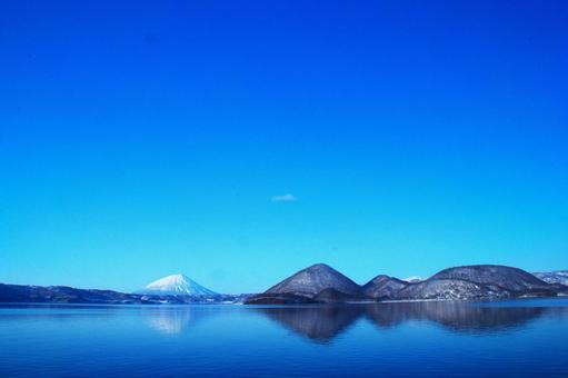 니세코의 절경은 요 테이 산