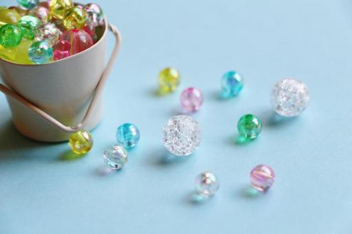 Bucket & beads