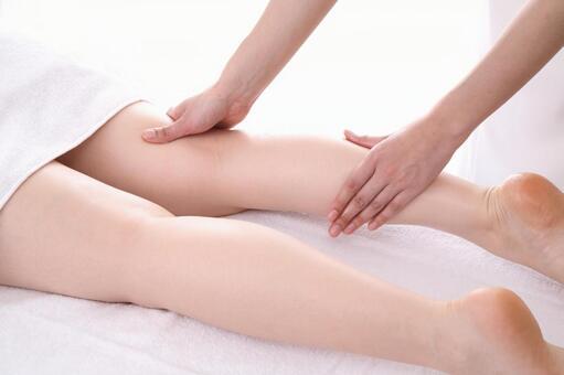 Foot massage 19