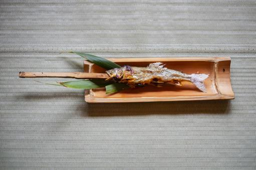 Grilled sweetfish with salt