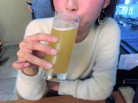 Drinking women 2