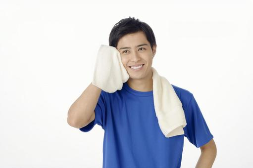 Men who wipe sweat with sports towel 2