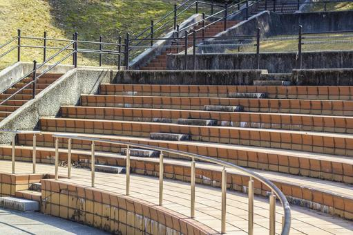 Outdoor stage audience seats