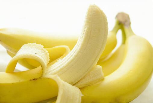 バナナ - No: 1973709|写真素材なら「写真AC」無料(フリー)ダウンロードOK