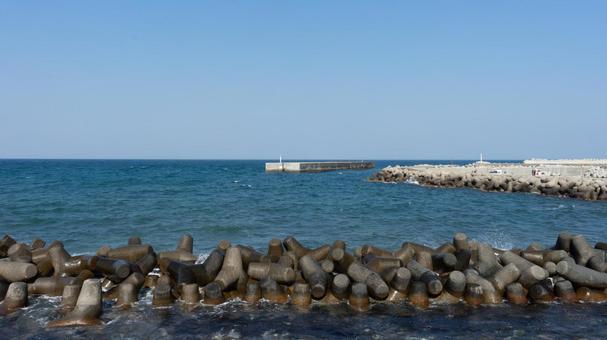 풍경 수평선과 소파 블록과 바다