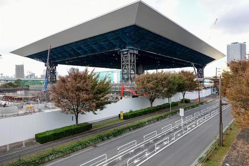 Tokyo Aquatics Center under construction