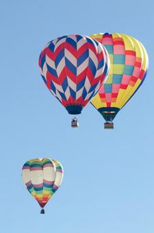 气球135