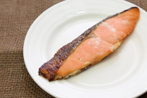 Grilled salmon 5