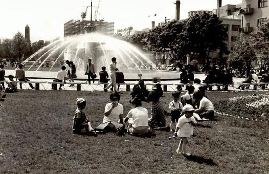 Sapporo Odori Park in the 40's of the Showa period (around 1970)