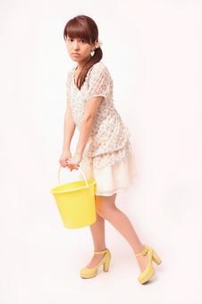 Lady to lift bucket 2