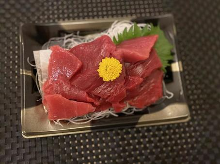 Tuna sashimi 3