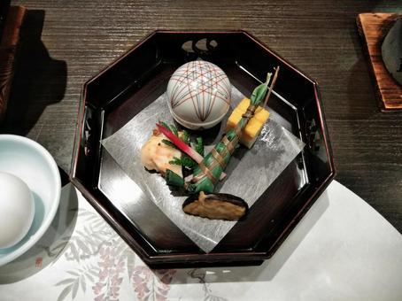 Kaiseki dishes one dishes