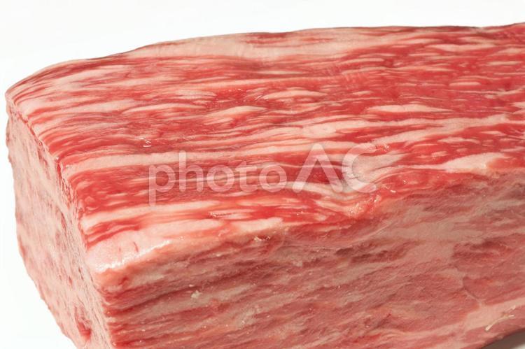 黒毛和牛 もも肉 ブロック アップの写真
