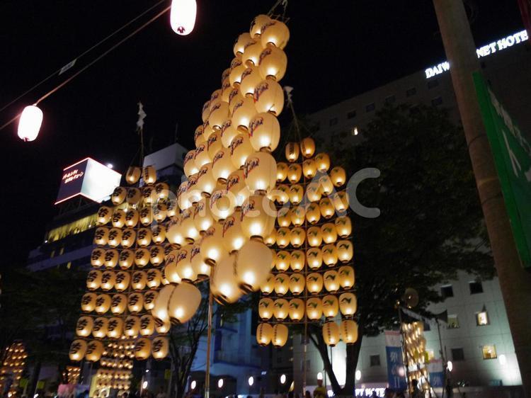 秋田竿燈まつり1の写真