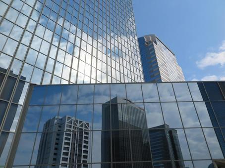 Office building with a reflective view