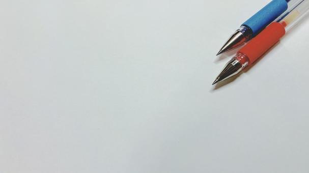 빨간 펜과 파란색 펜 1