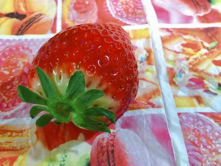 신선한 딸기