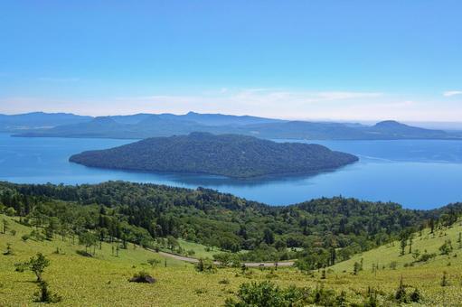 Lake Kussharo seen from Bihoro Pass