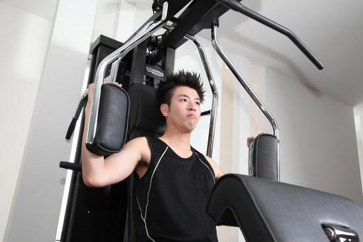 Men who use training machines 12
