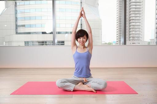 婦女誰是瑜伽