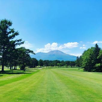 Golf course ④