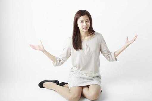 Sitting woman 10