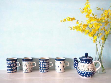 Home Cafe Tea Time Polish Pottery